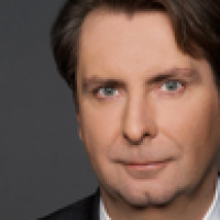 Dr. Thomas   Nitsche - International Referral
